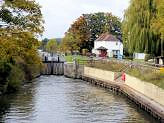 Culham Lock and Lockeeper's house, Oxfordshire, England.