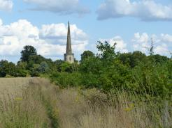 The tall spire of Kidlington's Church can be seen while approaching Kidlington